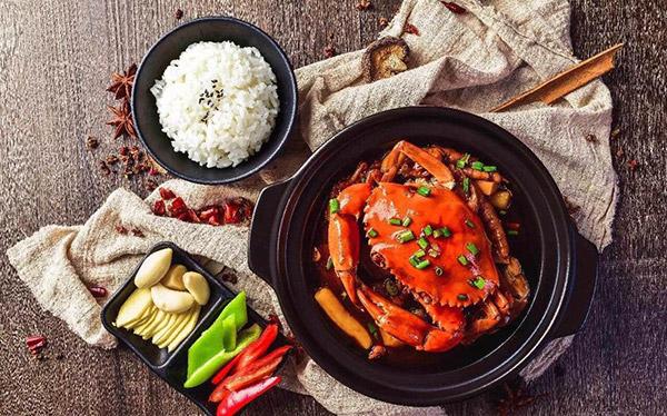 开肉蟹煲加盟店的成功经验,分享给即将开店的你